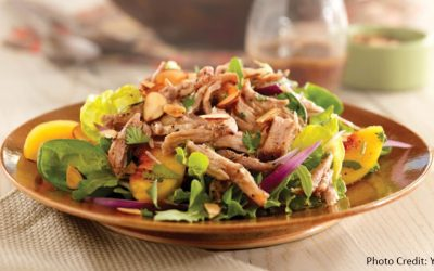 Pulled pork salad with peaches